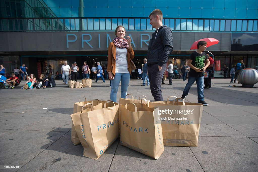 exterior view department store primark on alexanderplatz in berlin in the foreground primark grocery bags - Primark Bewerbung