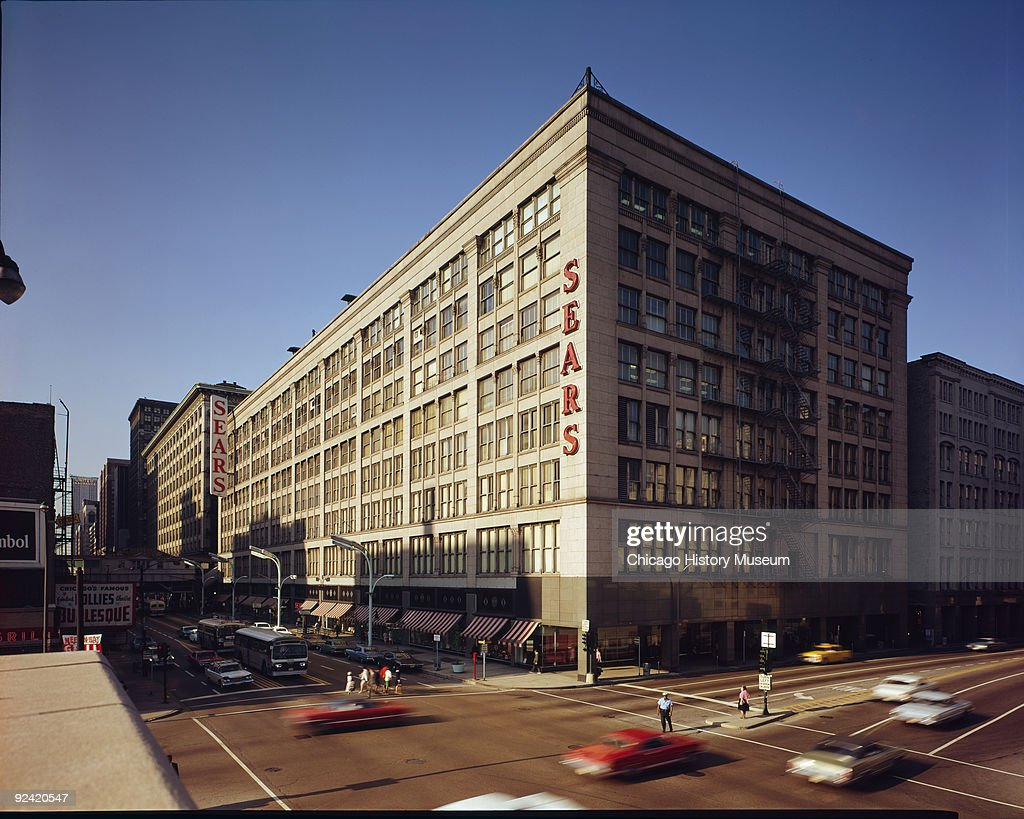 Exterior view of the Leiter II Building (or Second Leiter Building or Sears building) located at 403 South State Street and designed by William LeBaron Jenney, Chicago, Illinois, ca.1970.