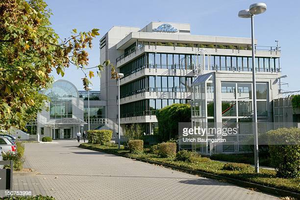 Exterior view of the Linde headquarters in Wiesbaden