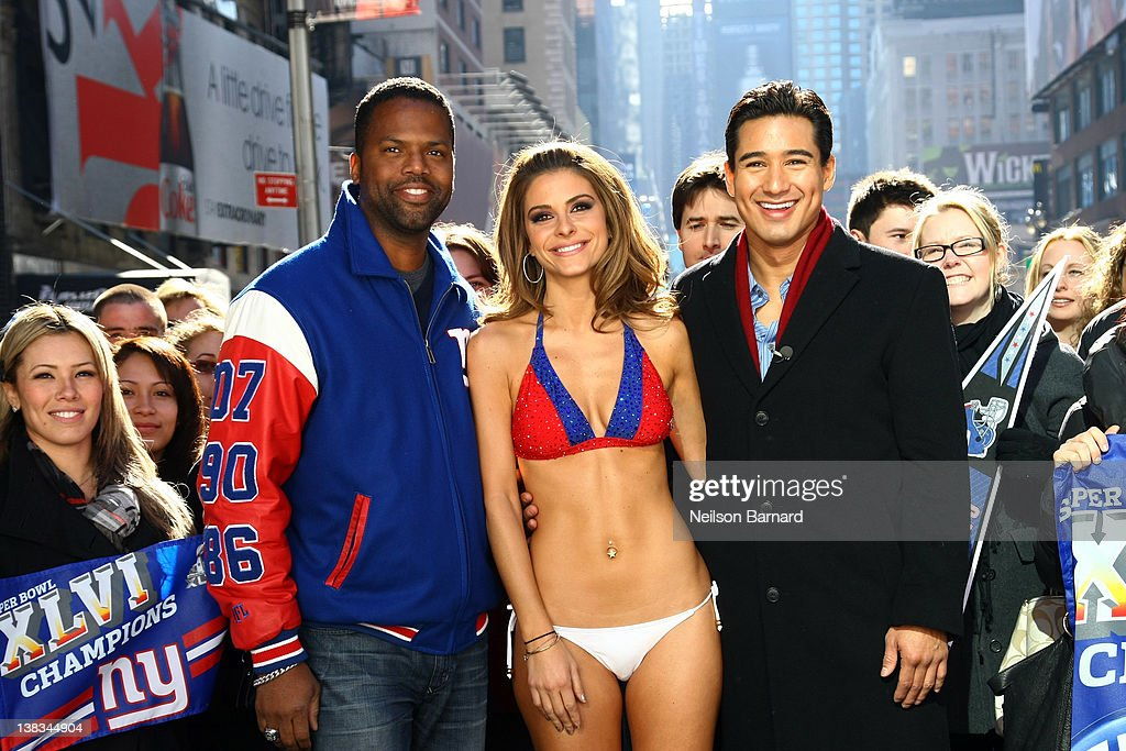 """Extra"" Host Maria Menounos Makes Good On Super Bowl Bet Bares All in a New York Giants Bikini"