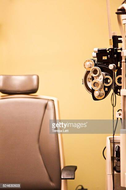 Eye doctor exam chair with diopter