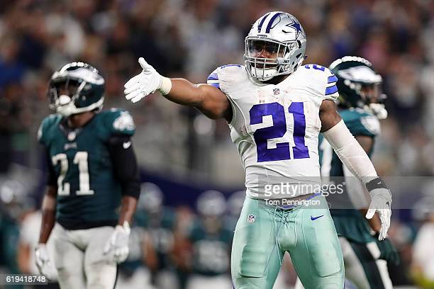 Ezekiel Elliott of the Dallas Cowboys celebrates after a first down during a game between the Dallas Cowboys and the Philadelphia Eagles at ATT...