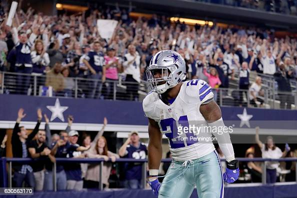 Detroit Lions v Dallas Cowboys : News Photo