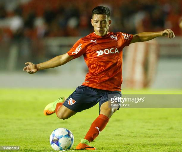 Ezequiel Barco of Independiente kicks the ball during a match between Independiente and Atletico de Rafaela as part of Torneo Primera Division...