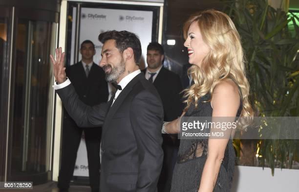Ezequiel Lavezzi and Yanina Screpante attend Lionel Messi and Antonela Rocccuzzo's wedding at the City Center Rosario Hotel Casino on June 30 2017 in...