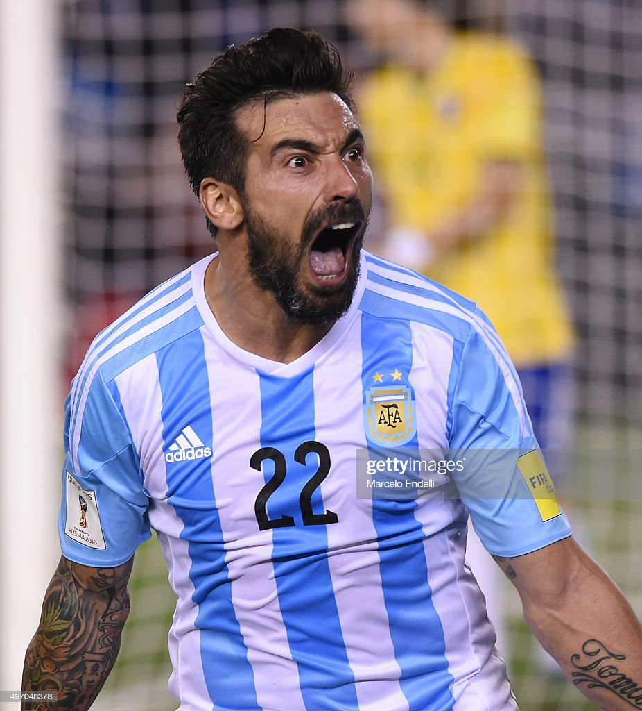 <a gi-track='captionPersonalityLinkClicked' href=/galleries/search?phrase=Ezequiel+Lavezzi&family=editorial&specificpeople=5451126 ng-click='$event.stopPropagation()'>Ezequiel Lavezzi</a> of Argentina, celebrates after scoring the opening goal during a match between Argentina and Brazil as part of FIFA 2018 World Cup Qualifiers at Monumental Antonio Vespucio Liberti Stadium on November 13, 2015 in Buenos Aires, Argentina.