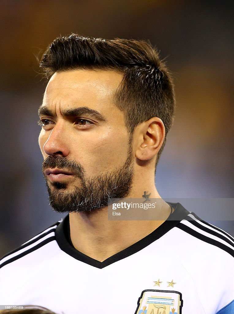 <a gi-track='captionPersonalityLinkClicked' href=/galleries/search?phrase=Ezequiel+Lavezzi&family=editorial&specificpeople=5451126 ng-click='$event.stopPropagation()'>Ezequiel Lavezzi</a> #22 of Argentina looks on during player introductions before the game against Ecuador during a friendly match at MetLife Stadium on November 15, 2013 in East Rutherford, New Jersey.
