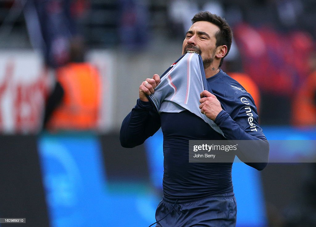 Ezequiel Lavezzi of Paris Saint-Germain is frustrated after missing a goal during the French Ligue 1 match between Stade de Reims Champagne FC and Paris Saint-Germain FC at the Stade Auguste Delaune on March 2, 2013 in Reims, France.