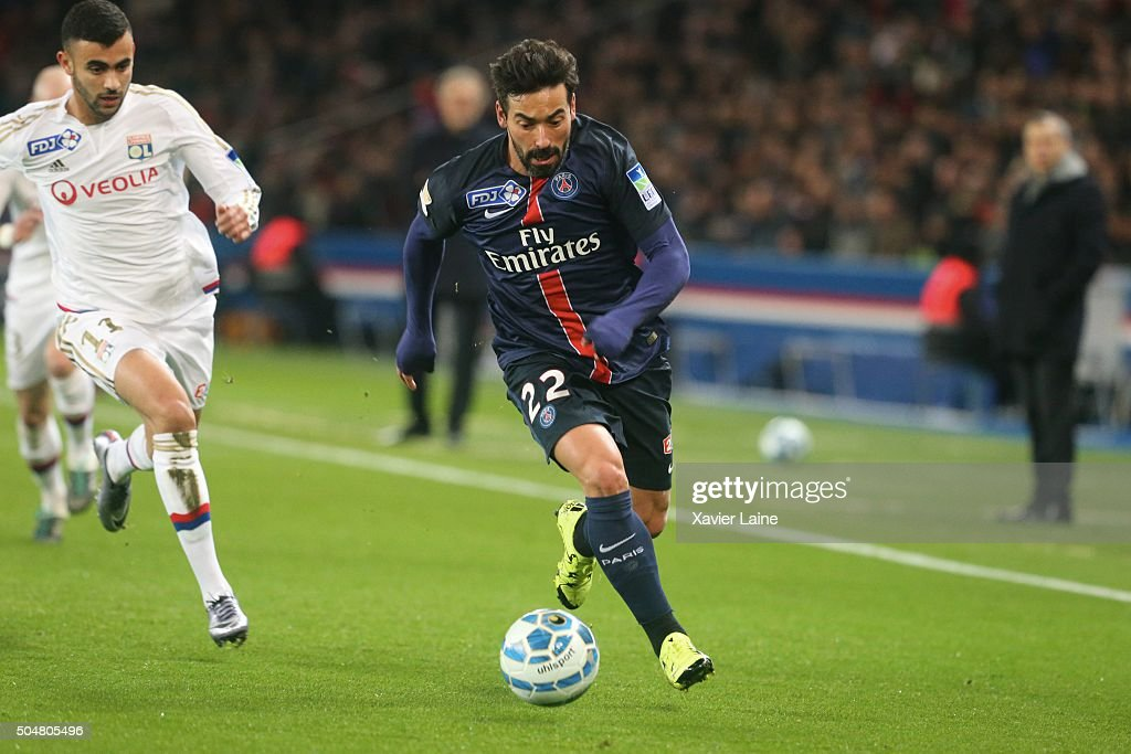 <a gi-track='captionPersonalityLinkClicked' href=/galleries/search?phrase=Ezequiel+Lavezzi&family=editorial&specificpeople=5451126 ng-click='$event.stopPropagation()'>Ezequiel Lavezzi</a>of Paris Saint-Germain during the French Ligue Cup between Paris Saint-Germain and Olympic Lyonnais at Parc Des Princes on january 11, 2016 in Paris, France.