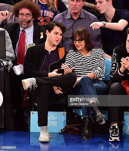 Ezra Koenig and Rashida Jones attend New York Knicks vs Charlotte Hornets game at Madison Square Garden on November 25 2016 in New York City