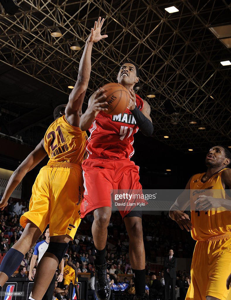 Fab Melo #41 of the Maine Red Claws goes up for the shot against Arinze Onuaku #21 of the Canton Charge at the Canton Memorial Civic Center on November 23, 2012 in Canton, Ohio.