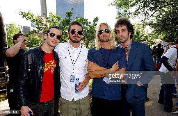 Fab Moretti Dave Grohl Taylor Hawkins and Albert Hammond