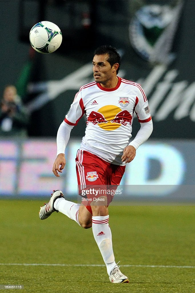 <a gi-track='captionPersonalityLinkClicked' href=/galleries/search?phrase=Fabian+Espindola&family=editorial&specificpeople=4476356 ng-click='$event.stopPropagation()'>Fabian Espindola</a> #9 of New York Red Bulls brings the ball up the field during the second half of the game against the Portland Timbers at Jeld-Wen Field on March 03, 2013 in Portland, Oregon. The game ended in a 3-3 draw.