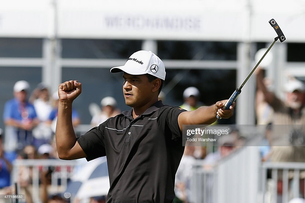 <a gi-track='captionPersonalityLinkClicked' href=/galleries/search?phrase=Fabian+Gomez&family=editorial&specificpeople=4605868 ng-click='$event.stopPropagation()'>Fabian Gomez</a> of Argentina celebrates after a birdie putt on the 18th hole to win the FedEx St. Jude Classic at TPC Southwind on June 14, 2015 in Memphis, Tennessee.