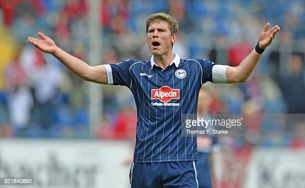 Fabian Klos of Bielefeld argues with the Bielefeld supporters during the Second Bundesliga match between Arminia Bielefeld and 1 FC Kaiserslautern at...