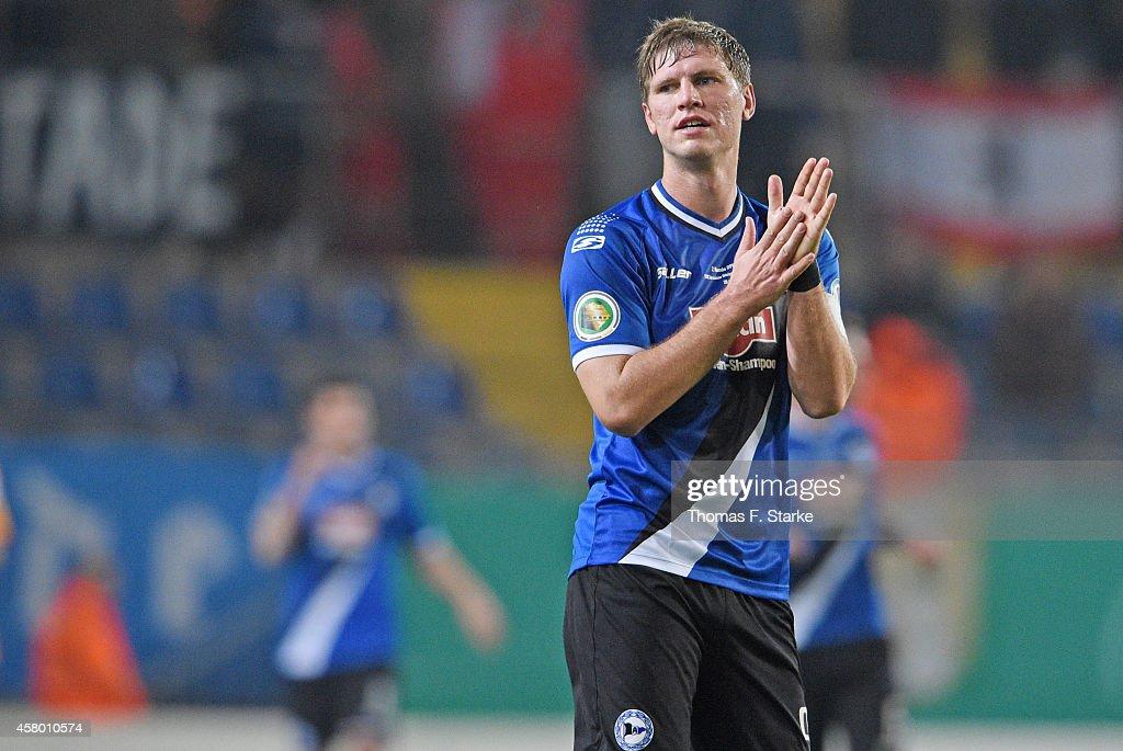 Arminia Bielefeld v Hertha BSC - DFB Cup