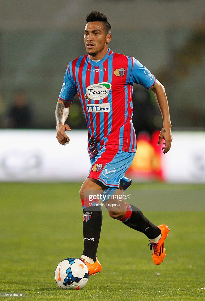 Fabian Monzon of Catania during the Serie A match between Calcio Catania and SSC Napoli at Stadio Angelo Massimino on March 26, 2014 in Catania, Italy.