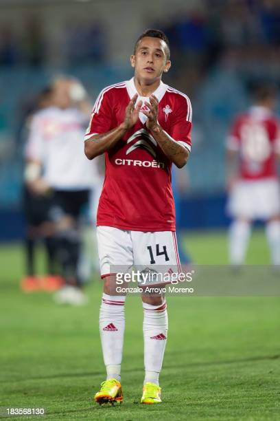 Fabian Orellana of RC Celta de Vigo applauds the Celta de Vigo fans after the La Liga match between Getafe CF and RC Celta de Vigo at Coliseum...
