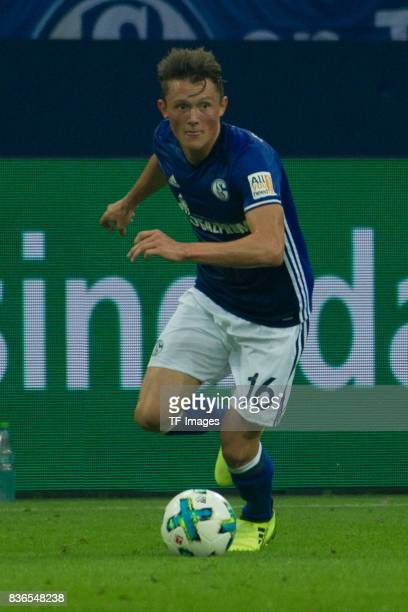 Fabian Reese of Schalke controls the ball during the Bundesliga match between FC Schalke 04 and RB Leipzig at VeltinsArena on August 19 2017 in...