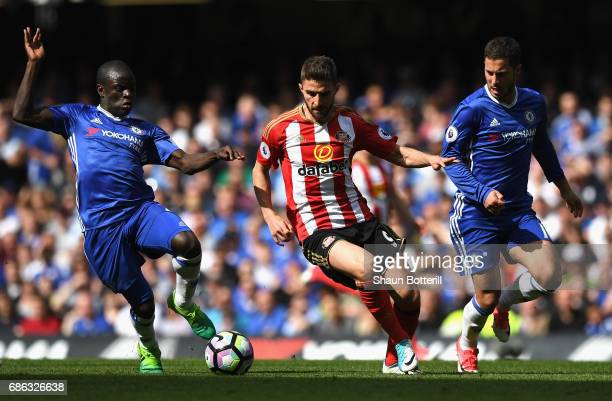 Fabio Borini of Sunderland is closed down by N'Golo Kante of Chelsea during the Premier League match between Chelsea and Sunderland at Stamford...