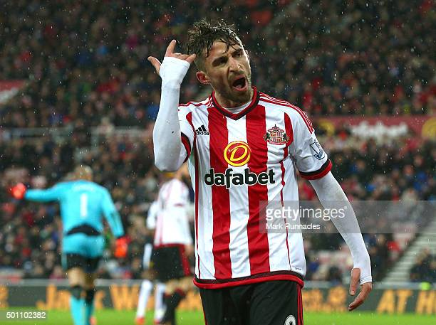 Fabio Borini of Sunderland tries to get the home crowd into the game during the Barclays Premier League match between Sunderland AFC and Watford FC...