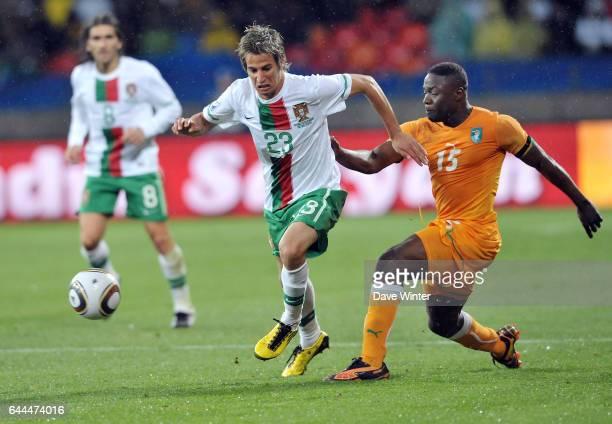 Fabio COENTRAO / Aruna DINDANE Cote d'Ivoire / Portugal Coupe du Monde 2010 Match 13 Groupe G Nelson Mandela Bay Stadium Port Elizabeth Afrique du...