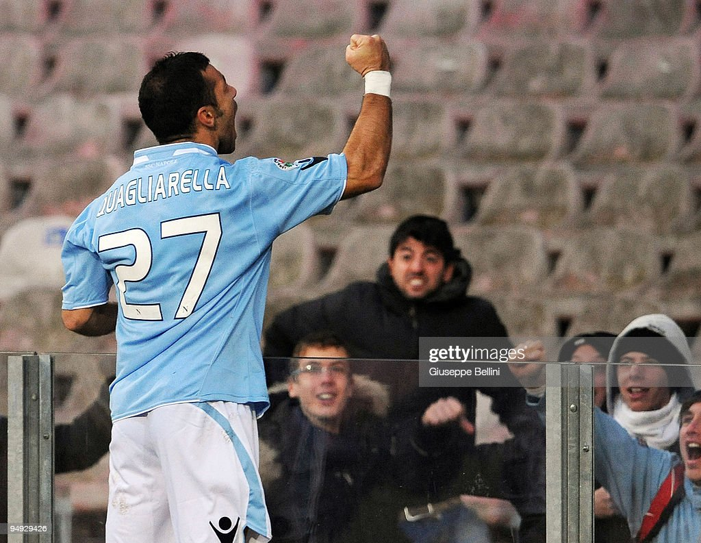 <a gi-track='captionPersonalityLinkClicked' href=/galleries/search?phrase=Fabio+Quagliarella&family=editorial&specificpeople=864022 ng-click='$event.stopPropagation()'>Fabio Quagliarella</a> of Napoli celebrates after scoring the 2:0 goal during the Serie A match between SSC Napoli and AC Chievo Verona at Stadio San Paolo on December 20, 2009 in Naples, Italy.