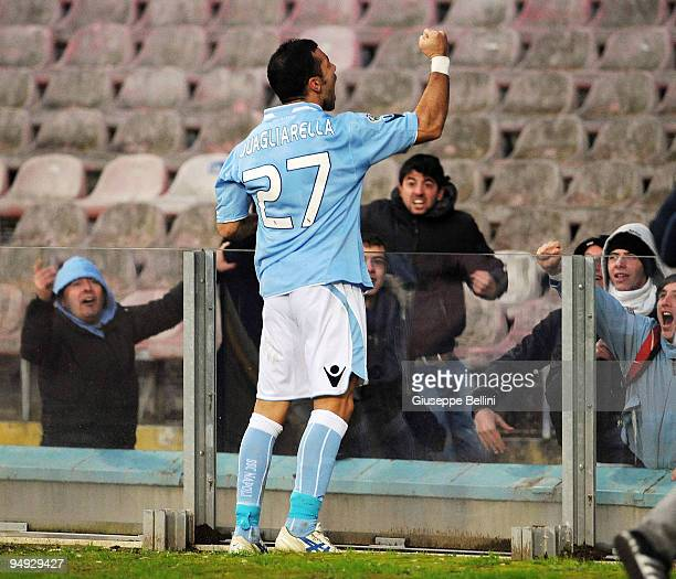 Fabio Quagliarella of Napoli celebrates after scoring the 20 goal during the Serie A match between SSC Napoli and AC Chievo Verona at Stadio San...