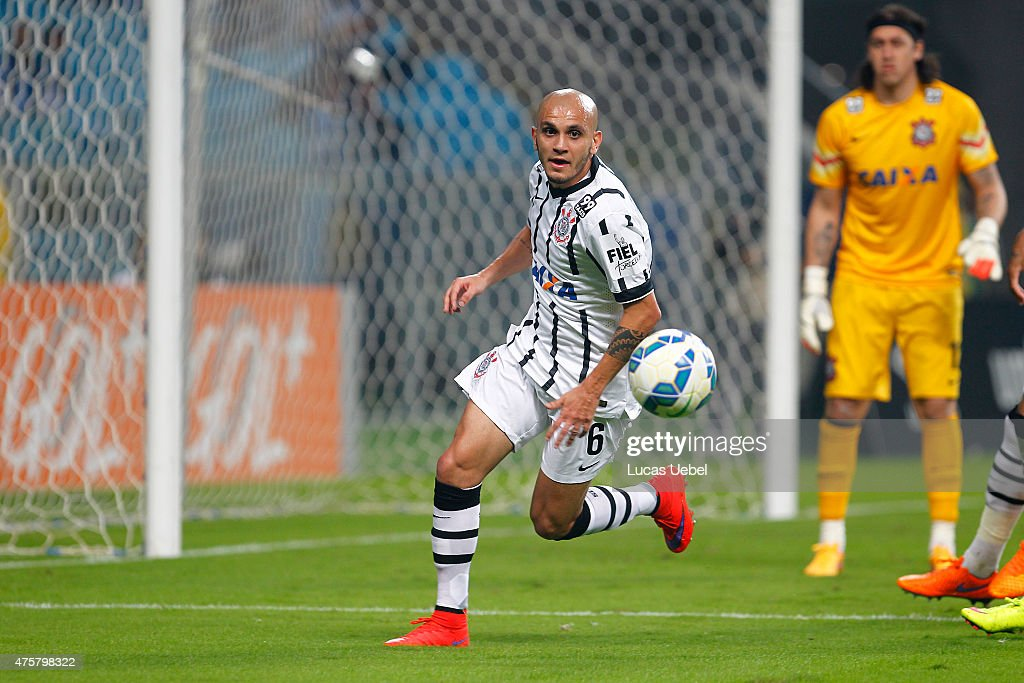Fabio Santos of Corinthians during the match Gremio v Corinthians as part of Brasileirao Series A 2015, at Arena do Gremio on June 03, 2015 in Porto Alegre, Brazil.