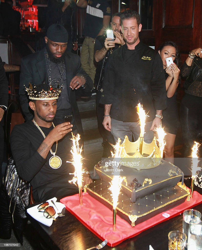 <a gi-track='captionPersonalityLinkClicked' href=/galleries/search?phrase=Fabolous&family=editorial&specificpeople=215255 ng-click='$event.stopPropagation()'>Fabolous</a> checks out his cake at his Private Birthday Dinner at RSVP on November 18, 2012 in New York City.