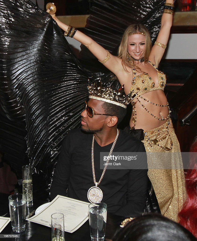 <a gi-track='captionPersonalityLinkClicked' href=/galleries/search?phrase=Fabolous&family=editorial&specificpeople=215255 ng-click='$event.stopPropagation()'>Fabolous</a> enjoys a performance by Belly Dancers at his Private Birthday Dinner at RSVP on November 18, 2012 in New York City.