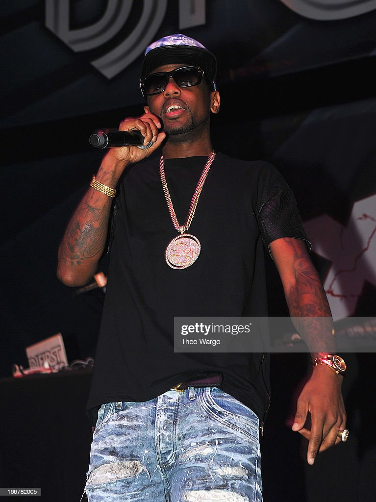 <a gi-track='captionPersonalityLinkClicked' href=/galleries/search?phrase=Fabolous&family=editorial&specificpeople=215255 ng-click='$event.stopPropagation()'>Fabolous</a> performs during DJ ProStyle's birthday bash at Hammerstein Ballroom on April 16, 2013 in New York City.
