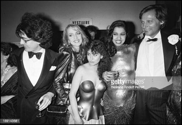 Fabrice Emaer director of the Palace night club Prince Nicolas Dadeshkeliani supermodel Kira and Jerry Hall attend a party at the Palace in Paris in...