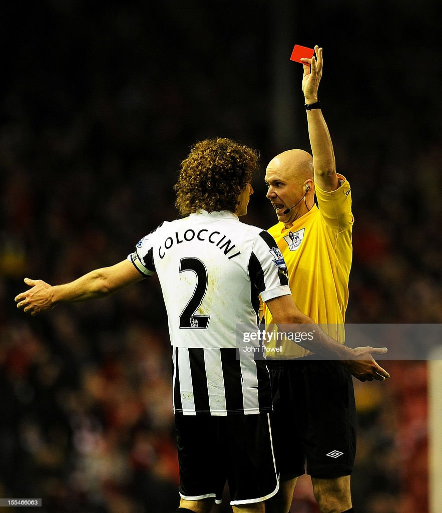 <a gi-track='captionPersonalityLinkClicked' href=/galleries/search?phrase=Fabricio+Coloccini&family=editorial&specificpeople=469707 ng-click='$event.stopPropagation()'>Fabricio Coloccini</a> of Newcastle gets shown the red card by referee Anthony Taylor during the Barclays Premier League match between Liverpool and Newcastle United at Anfield on November 4, 2012 in Liverpool, England.