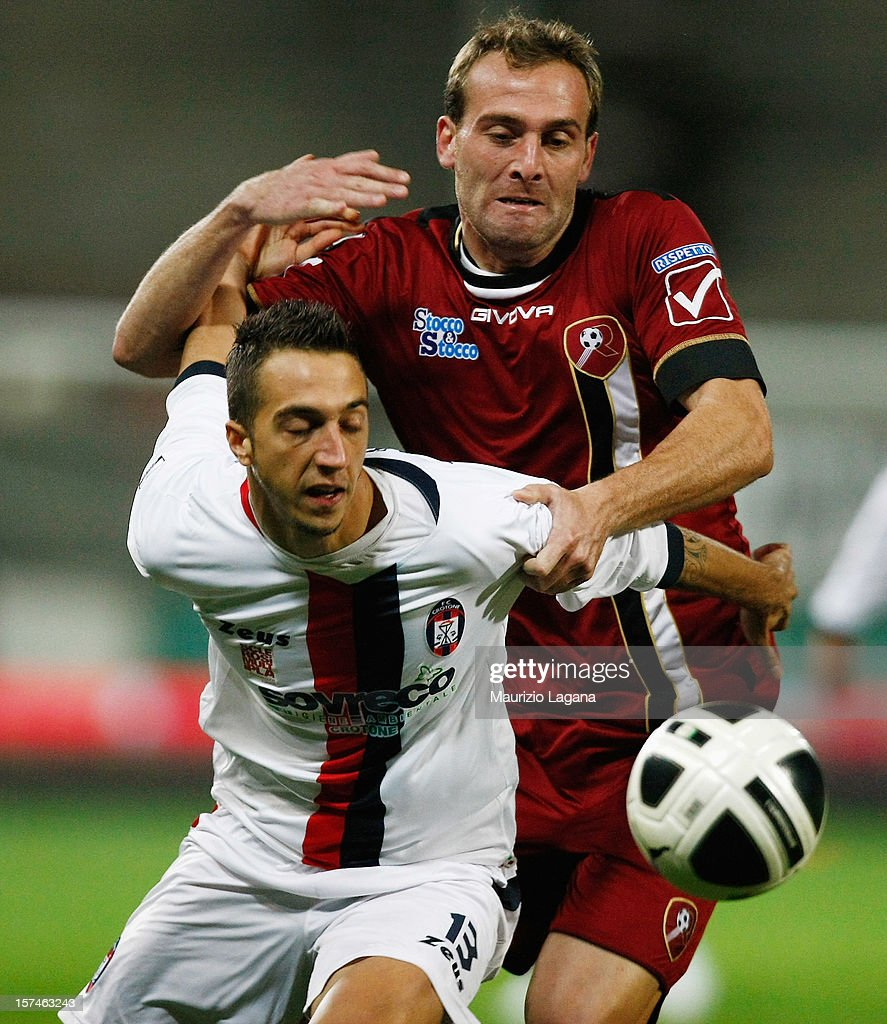 Fabrizio Melara (R) of Reggina competes for the ball with Antonio Mazzotta of Crotone during the Serie B match between Reggina Calcio and FC Crotone at Stadio Oreste Granillo on December 3, 2012 in Reggio Calabria, Italy.