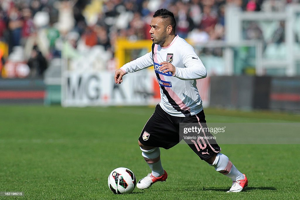 <a gi-track='captionPersonalityLinkClicked' href=/galleries/search?phrase=Fabrizio+Miccoli&family=editorial&specificpeople=702434 ng-click='$event.stopPropagation()'>Fabrizio Miccoli</a> of US Citta di Palermo in action during the Serie A match between Torino FC and US Citta di Palermo at Stadio Olimpico di Torino on March 3, 2013 in Turin, Italy.