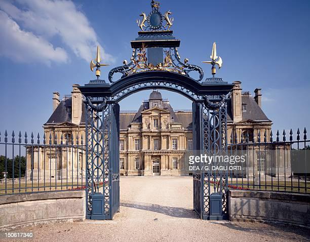 Facade facing the park Chateau du MaisonsLaffitte France 17th century