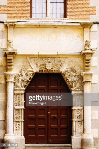 Facade of a building, Toledo, Spain : Foto de stock