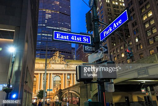 Facade of Grand Central Terminal at twilight in New York : Stock Photo