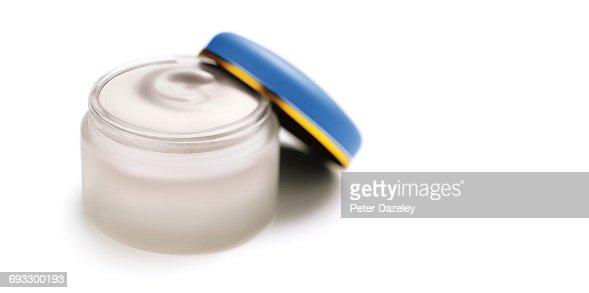 Face cream cold cream with copy space : Stock Photo