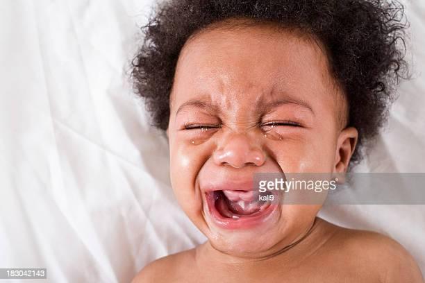 Visage de bébé afro-américain, Pleurer