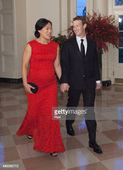 Facebook CEO Mark Zuckerberg and Dr Priscilla Chan arrive for a state dinner in honor of Chinese President President Xi Jinping and his wife Peng...