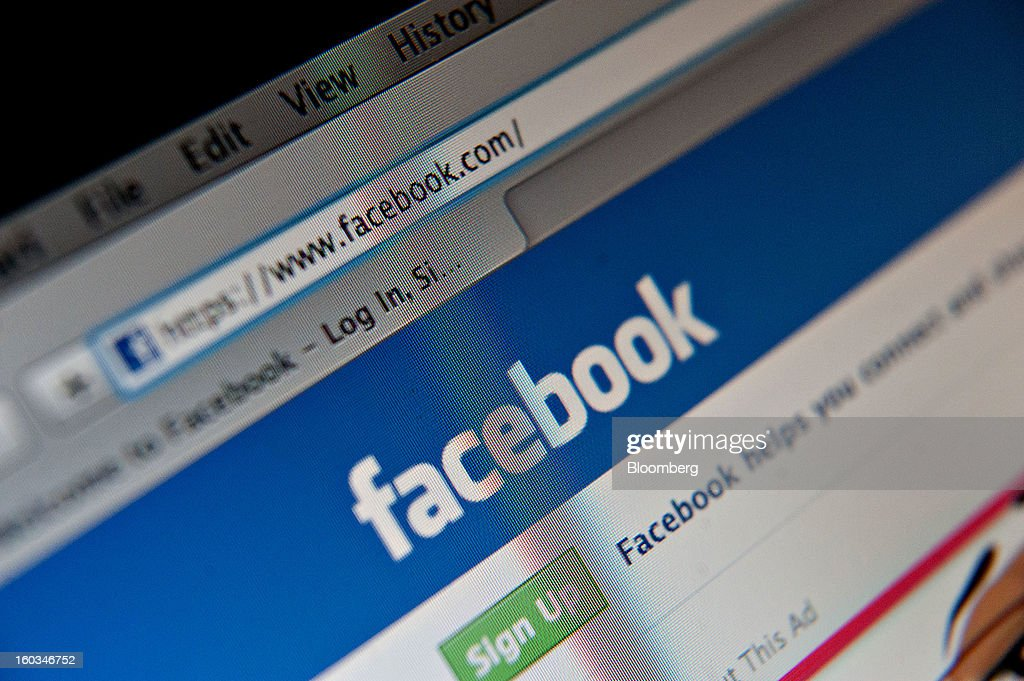 A Facebook Inc. logo is displayed at the top of the login page for facebook.com on a computer screen in Tiskilwa, Illinois, U.S., on Tuesday, Jan. 29, 2013. Facebook Inc. is scheduled to report quarterly earnings on Jan. 30. Photographer: Daniel Acker/Bloomberg via Getty Images