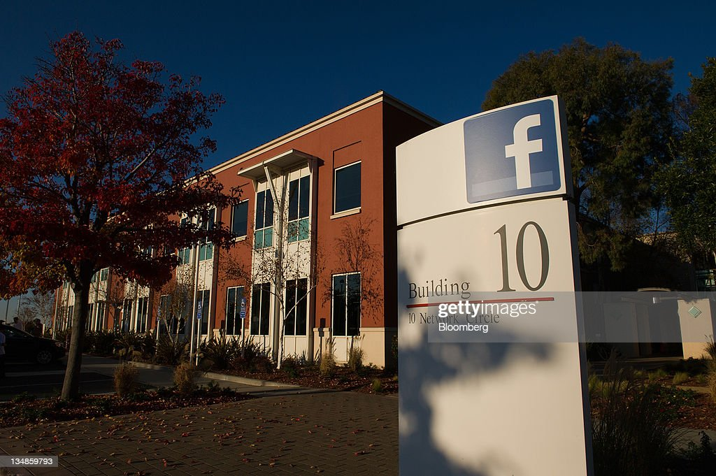 facebook office california. facebook inc signage is displayed outside the companyu0027s new campus in menlo park california office