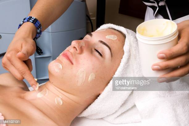Facial care against pimples