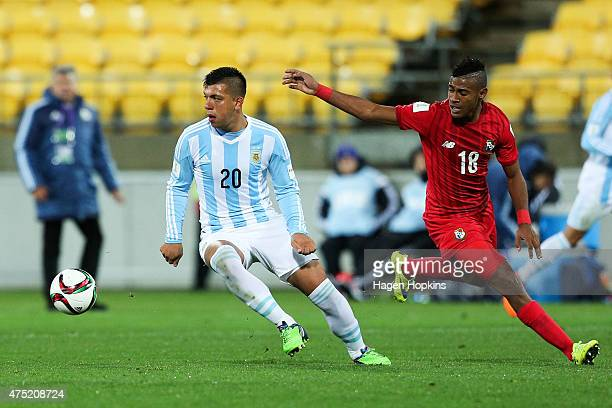 Facundo Monteseirin of Argentina beats the challenge of Carlos Small of Panama during the Group B FIFA U20 World Cup New Zealand 2015 match between...