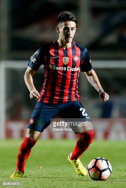 Facundo Tomas Quignon of San Lorenzo drives the ball during a second leg match between San Lorenzo and Emelec as part of round of 16 of Copa CONMEBOL...