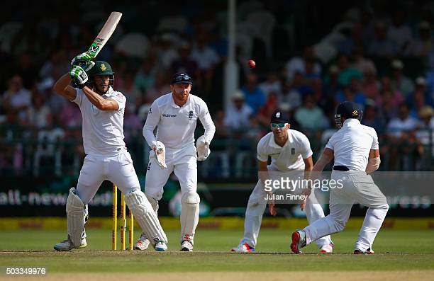 Faf du Plessis of South Africa bats as James Taylor of England fields during day three of the 2nd Test at Newlands Stadium on January 4 2016 in Cape...