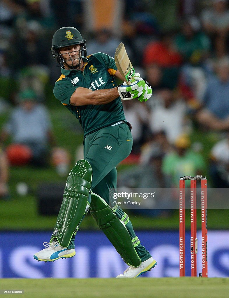 Faf du Plessis of South Africa bats during the 3rd Momentum ODI match between South Africa and England at Supersport Park on February 9, 2016 in Centurion, South Africa.