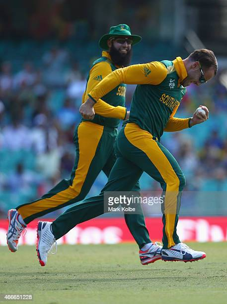 Faf du Plessis of South Africa celebrates taking the catch to dismiss Tillakaratne Dilshan of Sri Lanka during the 2015 ICC Cricket World Cup match...